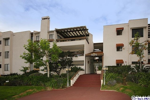 1325 Valley View Rd, Glendale, CA 91202 Photo