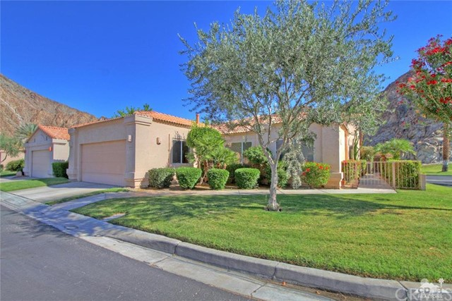 48541 Via Encanto La Quinta, CA 92253 is listed for sale as MLS Listing 216014536DA