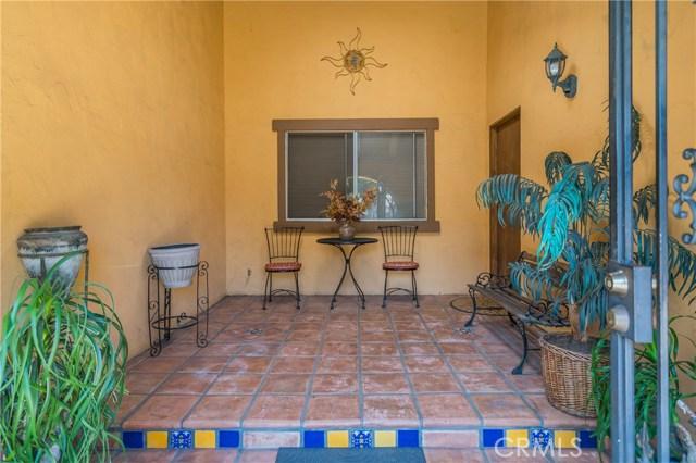 2921 Lake Avenue, Altadena CA: http://media.crmls.org/medias/4a206b0c-a7a8-4973-8ea2-07c610b84e2c.jpg