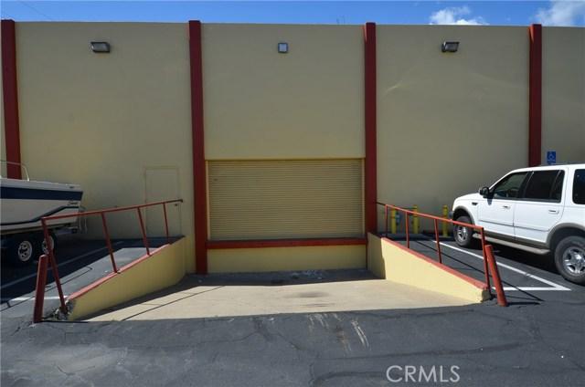 565 N Tustin Street, Orange CA: http://media.crmls.org/medias/4a271605-73f9-4640-9377-89e8d83d1261.jpg