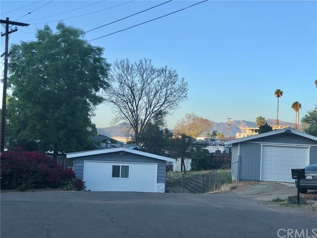 11737 Golden Cr, Lakeside, CA 92040 Photo
