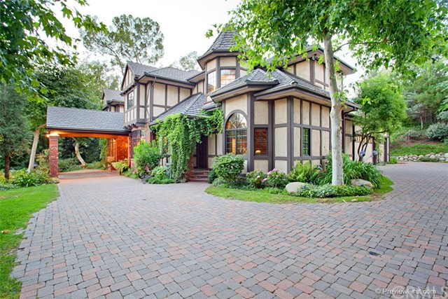 Single Family Home for Sale at 335 Deodar Lane Bradbury, California 91008 United States