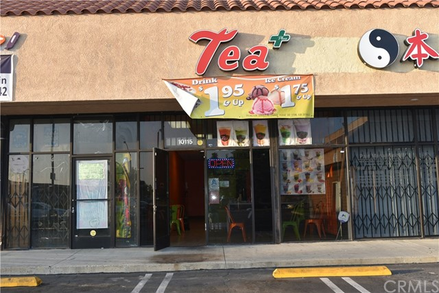 10115 Valley Boulevard, El Monte CA: http://media.crmls.org/medias/4a413ff1-7681-4964-8328-5eaad510fd41.jpg