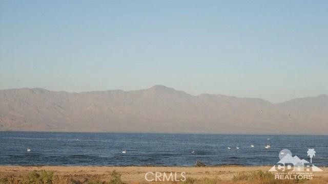 951 (lot 33) Seaport (waterfront), Salton City CA: http://media.crmls.org/medias/4a433636-e00a-40a3-ad89-7271811c9516.jpg