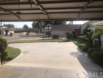 10841 Endicott Drive, Riverside CA: http://media.crmls.org/medias/4a577a7e-4ce6-436c-8da4-b4589a71bdba.jpg