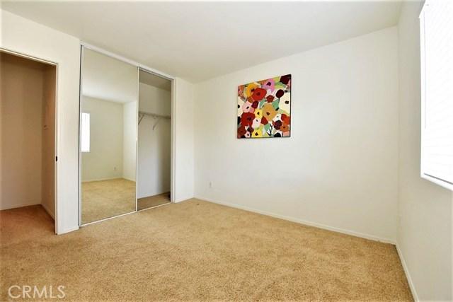 8692 9th Street, Rancho Cucamonga CA: http://media.crmls.org/medias/4a57c23e-7a3b-4289-8dcb-3d4d1155406a.jpg