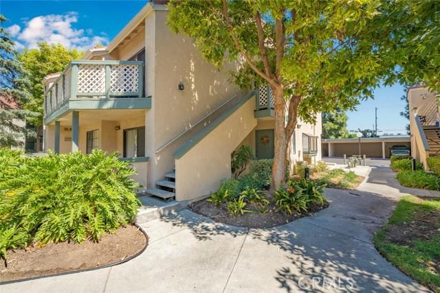 3525 W Stonepine Lane, Anaheim CA: http://media.crmls.org/medias/4a5baaac-142a-4b5e-b2fb-2388b5ea6916.jpg