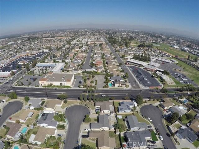 5619 Ball Road, Cypress CA: http://media.crmls.org/medias/4a6cef55-2712-4b1b-986a-714ac604e7ec.jpg