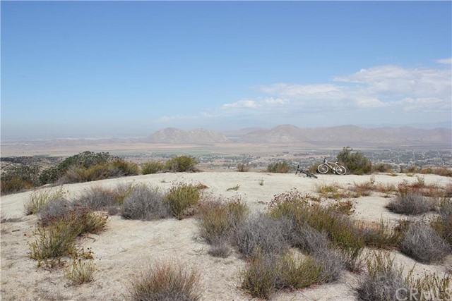 Additional photo for property listing at 21 Polley  Nuevo, California 92567 United States