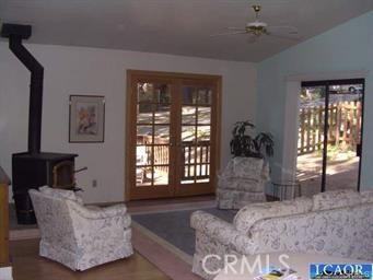 16181 Par Road, Cobb CA: http://media.crmls.org/medias/4a779b47-b398-4106-a08c-ce2882f0662e.jpg