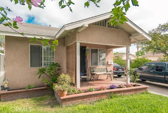 323 E Pomona Street, Santa Ana CA: http://media.crmls.org/medias/4a7cf379-2837-4a50-b4e3-627fc602f0b2.jpg
