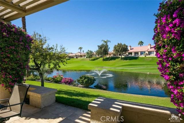 42661 Turqueries Avenue, Palm Desert CA: http://media.crmls.org/medias/4a858cf7-50c8-4fac-9f8c-aee6957f44bc.jpg