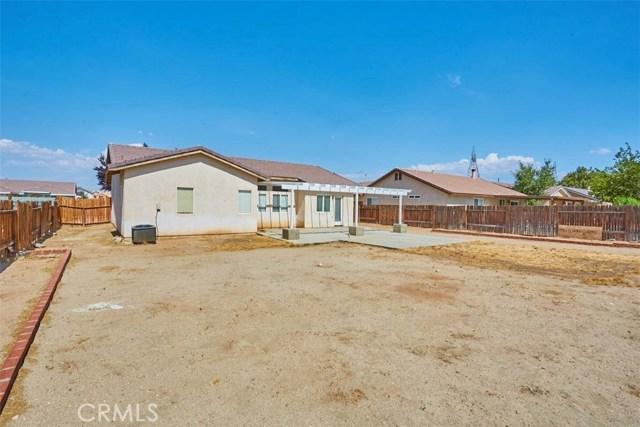 13002 Spelman Drive, Victorville CA: http://media.crmls.org/medias/4a8a067d-d9ed-4c9c-9b06-68488607d716.jpg