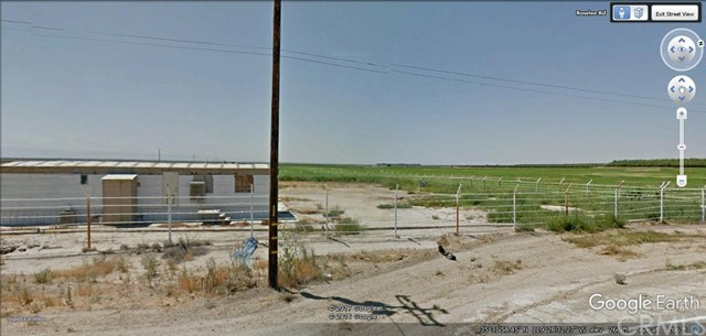Single Family for Sale at 17097 Rowlee Road Wasco, California 93280 United States