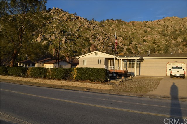 Single Family Home for Sale at 3849 Erskine Creek Road Lake Isabella, California 93240 United States