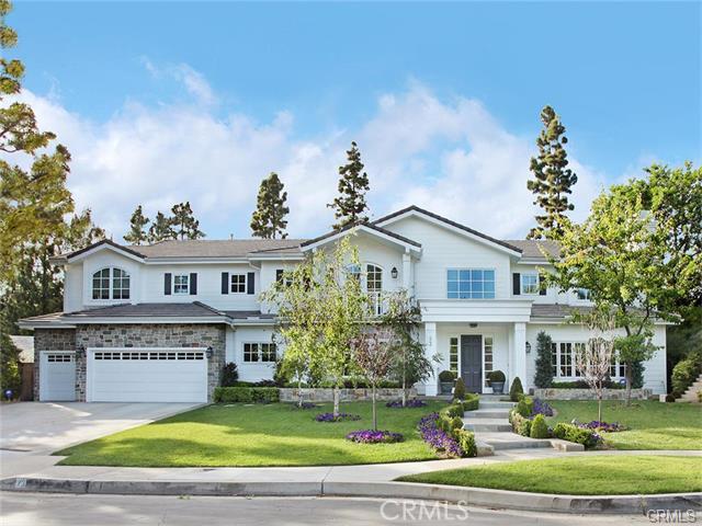 Single Family Home for Sale at 23 Pinehurst St Newport Beach, California 92660 United States