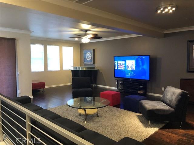 450 E Jeanette Lane, Santa Ana CA: http://media.crmls.org/medias/4ae03973-3004-4732-b0e5-45860701d7b2.jpg