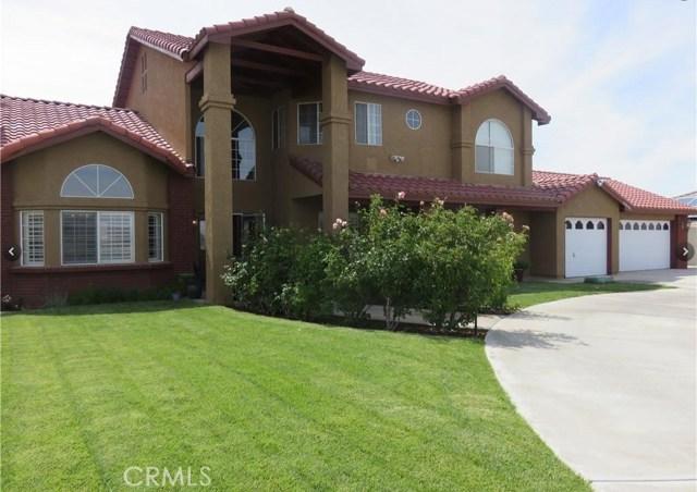13650 Hidden Valley Road, Victorville CA: http://media.crmls.org/medias/4ae16232-b288-4c93-88bd-36062f8d6eb0.jpg