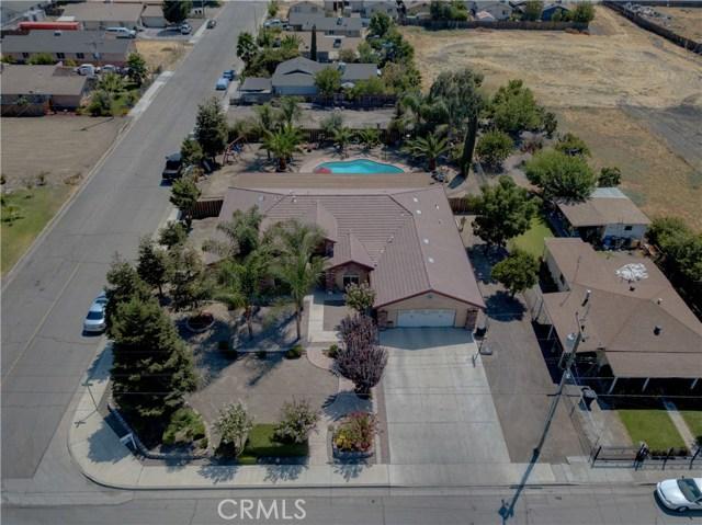 8777 Blossom Avenue, Dos Palos CA: http://media.crmls.org/medias/4afc65a6-553f-4aa4-87d3-cb7045aef27c.jpg