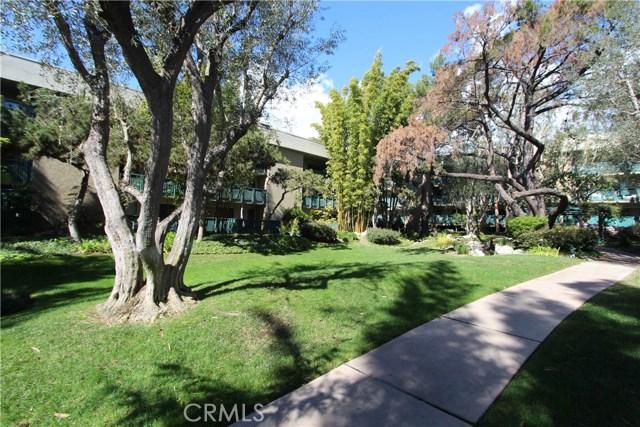 552 N Bellflower Bl, Long Beach, CA 90814 Photo 11