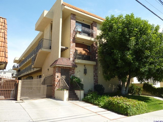 114 Olive Street Glendale, CA 91206 is listed for sale as MLS Listing 316003156