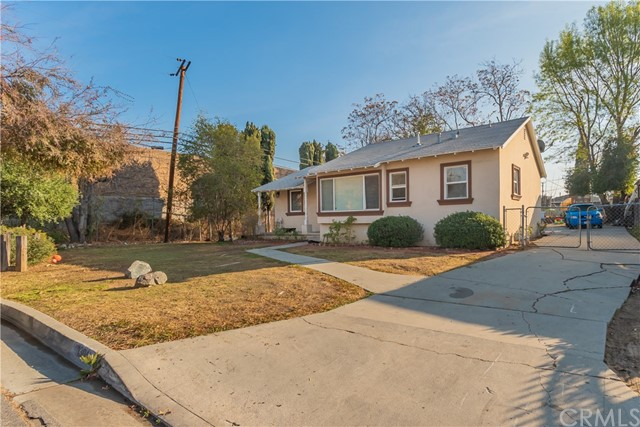 Detail Gallery Image 1 of 33 For 1304 Pontenova Ave, Hacienda Heights,  CA 91745 - 3 Beds | 2 Baths