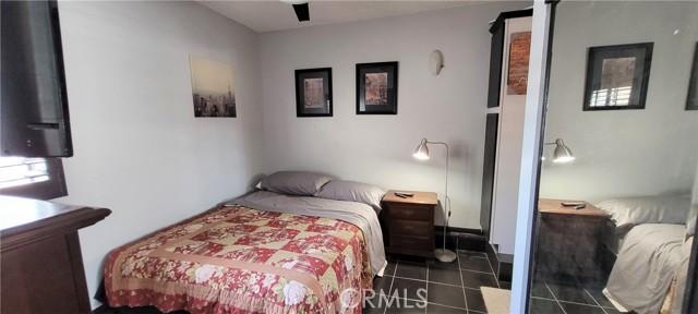 354 Crosby Street, Altadena CA: http://media.crmls.org/medias/4b19ce1b-4e1d-4711-ac6c-c50d2f7647cc.jpg