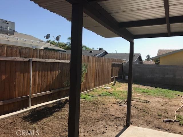14675 Carla Jean Drive, Moreno Valley CA: http://media.crmls.org/medias/4b19f27b-71a0-491f-9181-ea6273b88bc0.jpg