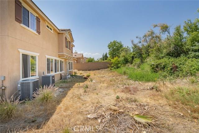 2902 Split Mountain Lane, San Bernardino CA: http://media.crmls.org/medias/4b414e72-1c2a-404a-afdb-73cba9831cbe.jpg