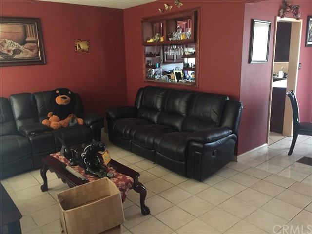 7854 Ben Avenue, North Hollywood CA: http://media.crmls.org/medias/4b551581-8794-4b16-bdec-ca792e18d8e8.jpg