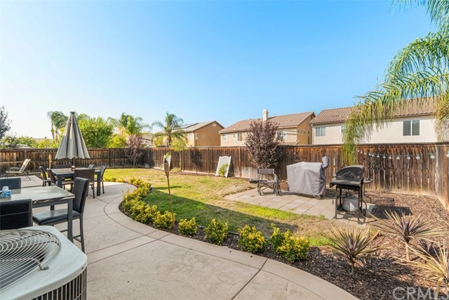 31590 Waterfall Way, Murrieta CA: http://media.crmls.org/medias/4b5a0679-4430-4037-9624-63fea3271c0b.jpg