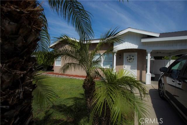 8921 Shoemaker Avenue, Whittier CA: http://media.crmls.org/medias/4b6285fa-bf7d-474b-815e-5780c2592f1d.jpg