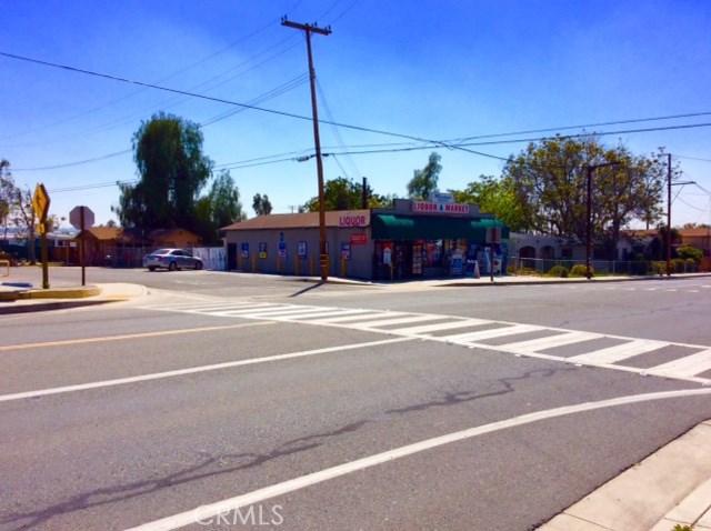 1826 N Mentone Boulevard, Mentone CA: http://media.crmls.org/medias/4b6c12db-a625-4f32-bc62-3d8a82bddd5c.jpg
