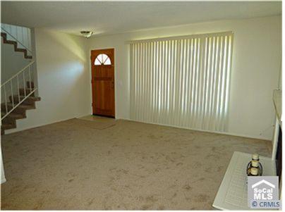 62 COLUMBIA, Irvine CA: http://media.crmls.org/medias/4b727bd1-29d4-4dd8-89a8-598aea3eb2fe.jpg