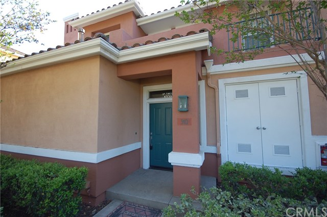 310 Marinella Aisle, Irvine, CA 92606 Photo 3