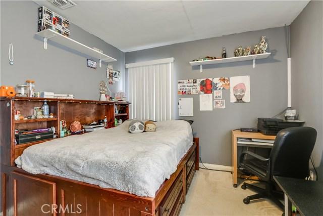 230 S 3rd Avenue, Upland CA: http://media.crmls.org/medias/4b85d121-d8ef-4c6f-b85e-72ccb09fac81.jpg