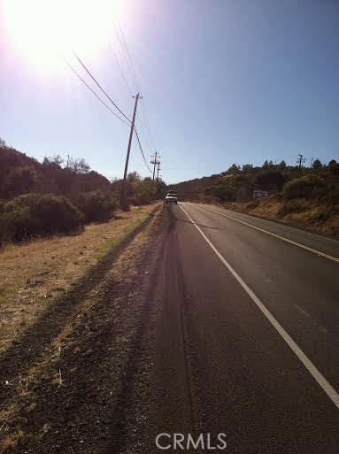 9760 State Highway 281, Kelseyville CA: http://media.crmls.org/medias/4b8ae8ca-22d5-4413-96ec-1e9212bc73c5.jpg