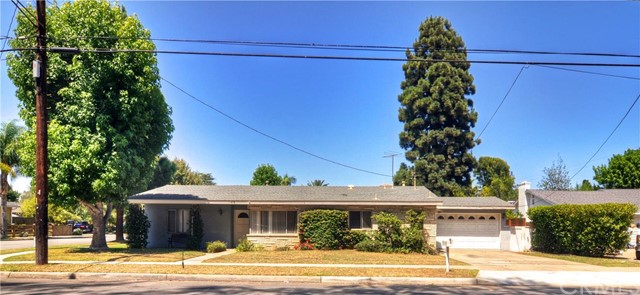 Single Family Home for Sale at 478 East 20th St 478 20th Costa Mesa, California 92627 United States