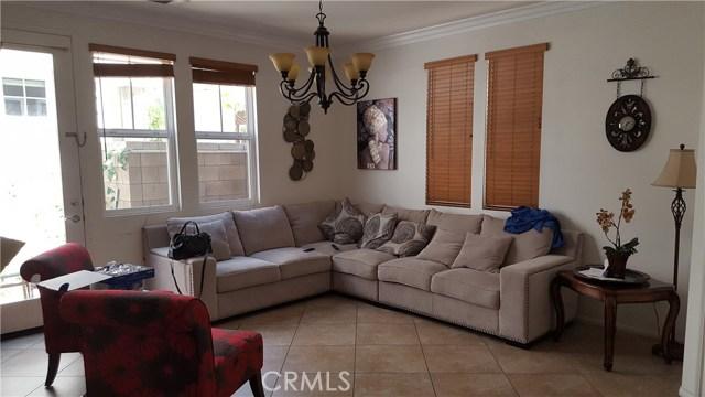 14569 Longwood Avenue, Chino CA: http://media.crmls.org/medias/4b8dc000-6250-4616-9626-1a3feb52bc65.jpg