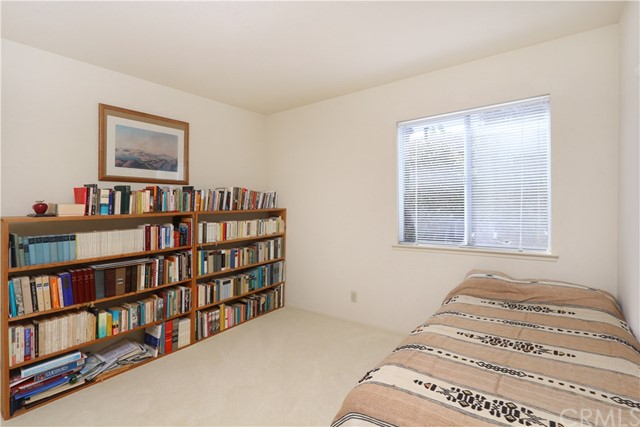 349 Wilson Drive, Santa Maria CA: http://media.crmls.org/medias/4b8feb3d-1461-4b04-8867-0ae865c8c8d7.jpg