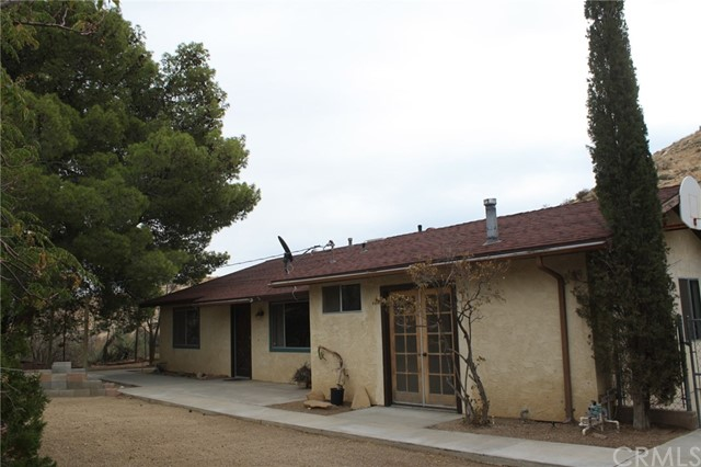 Single Family Home for Sale at 49005 Paradise Avenue 49005 Paradise Avenue Morongo Valley, California 92256 United States