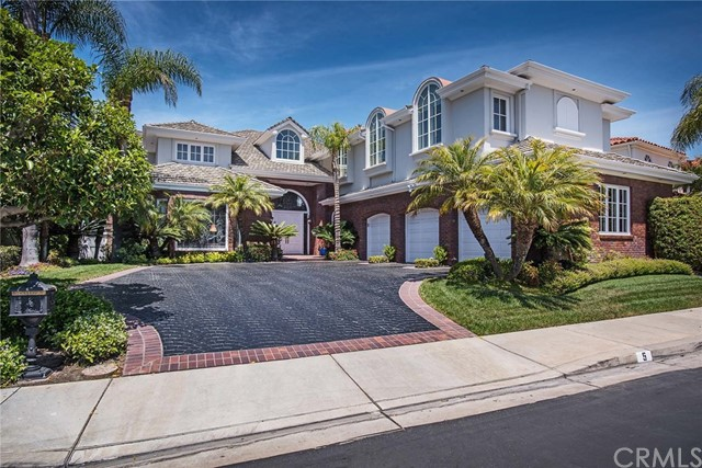 Single Family Home for Sale at 5 Sunpeak Irvine, California 92603 United States