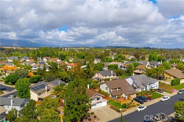 22112 Comanche Road, Lake Forest CA: http://media.crmls.org/medias/4ba6069a-8870-45d8-bddf-631b140332d6.jpg