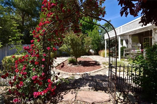 175 Via San Miguel, Paso Robles CA: http://media.crmls.org/medias/4ba64f72-d0bf-470a-b06d-1600104c95c9.jpg