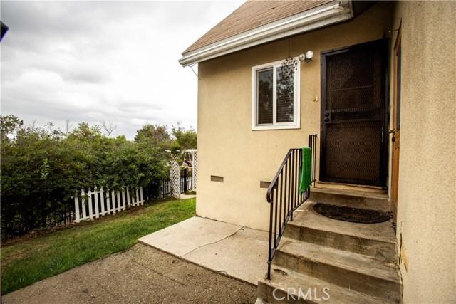 1437 W I Street, Wilmington CA: http://media.crmls.org/medias/4baf79e8-d2ea-4c36-b0c3-164740b7ac1a.jpg