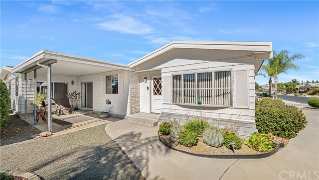 Photo of 28830 Camino Alba, Murrieta, CA 92563