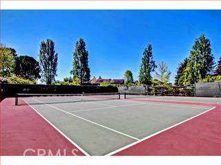 124 TREE FROG Lane, Santa Cruz CA: http://media.crmls.org/medias/4bbf3866-863c-4a09-82d1-2063ef7b78bc.jpg