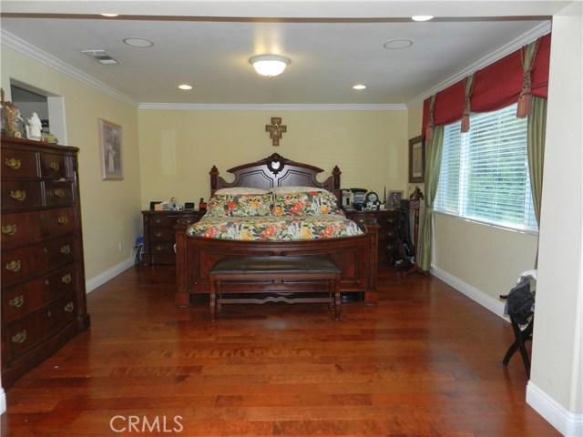 3401 Willow Glen Lane, West Covina CA: http://media.crmls.org/medias/4bbf3e84-3e1b-4e67-bedf-711ebdf6a03e.jpg