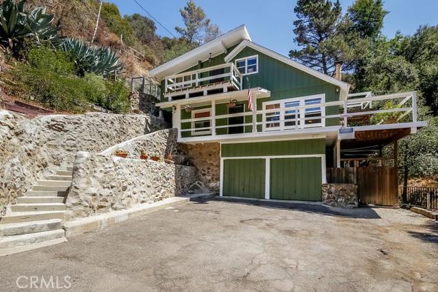Single Family Home for Sale at 14906 Schmidt Silverado, California 92676 United States