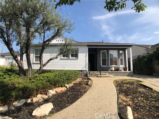 2717 Sandwood Street, Lakewood CA: http://media.crmls.org/medias/4bc60f97-8d82-4dd6-8a98-e4fc014dce24.jpg